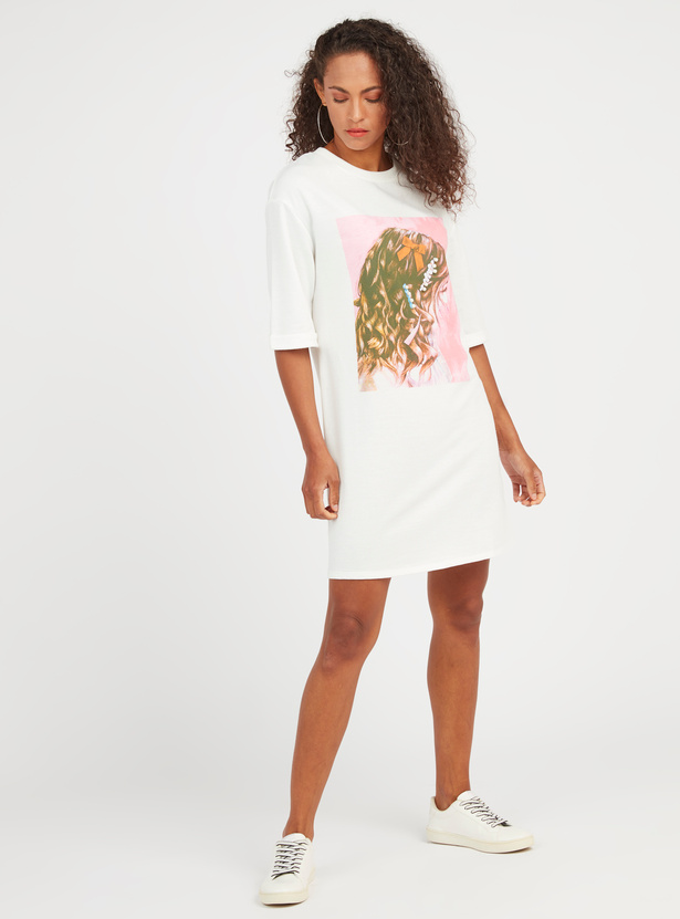 Graphic Print Mini Shift T-shirt Dress with Short Sleeves