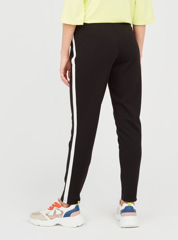 Solid Maternity Pants with Elasticised Waistband and Tape Detail