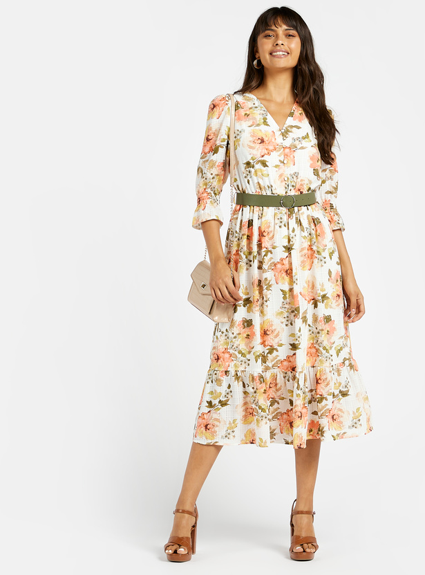 Floral Print Tiered A-line Midi Dress with 3/4 Sleeves and Belt