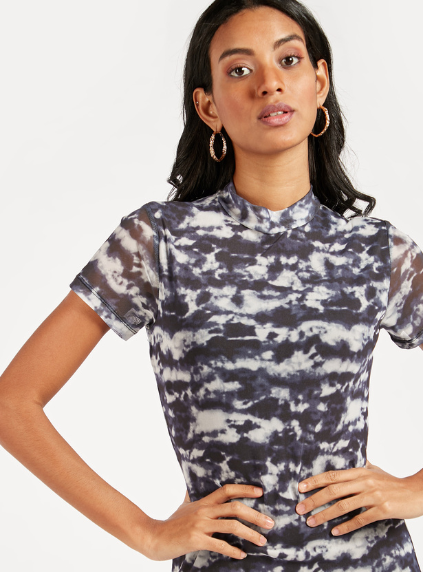 Printed Mini Bodycon Dress with Short Sleeves