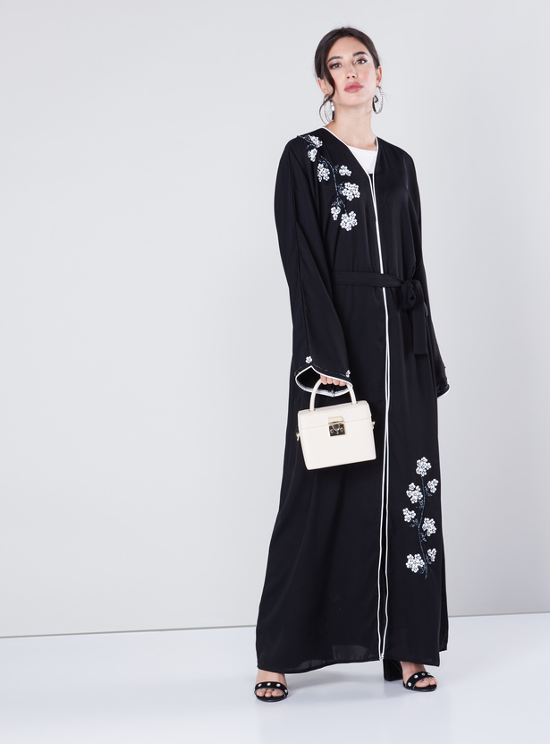 Embellished Floral Detail Abaya with Long Sleeves and Piping