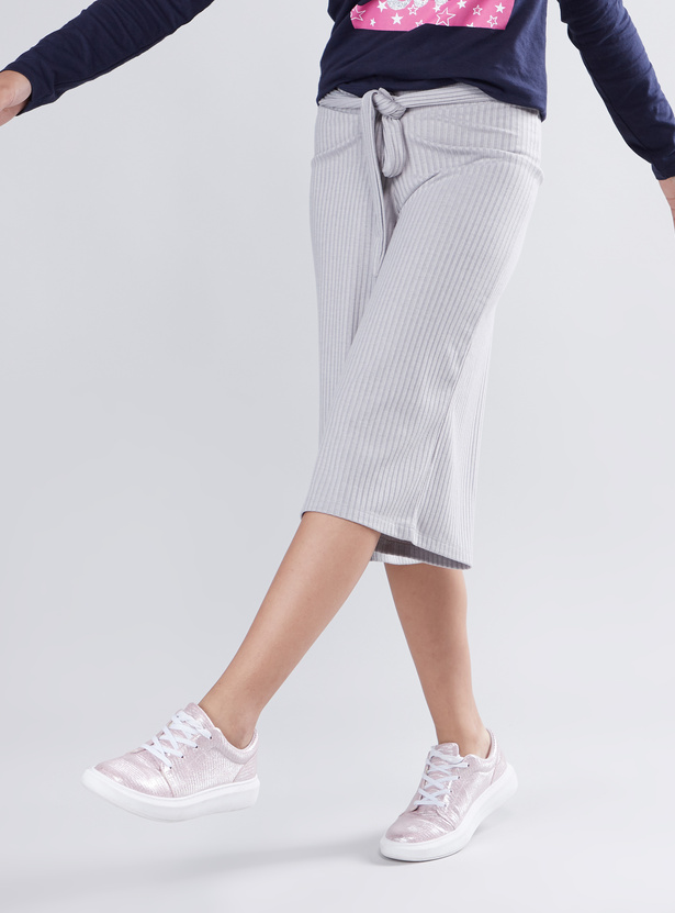 Ribbed Culotte Pants with Front Knot Styling