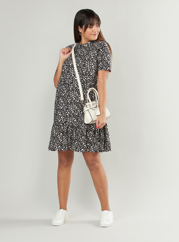 فستان أي لاين متوسط الطول للحوامل بياقة ضيقة وأكمام قصيرة مع طبعات