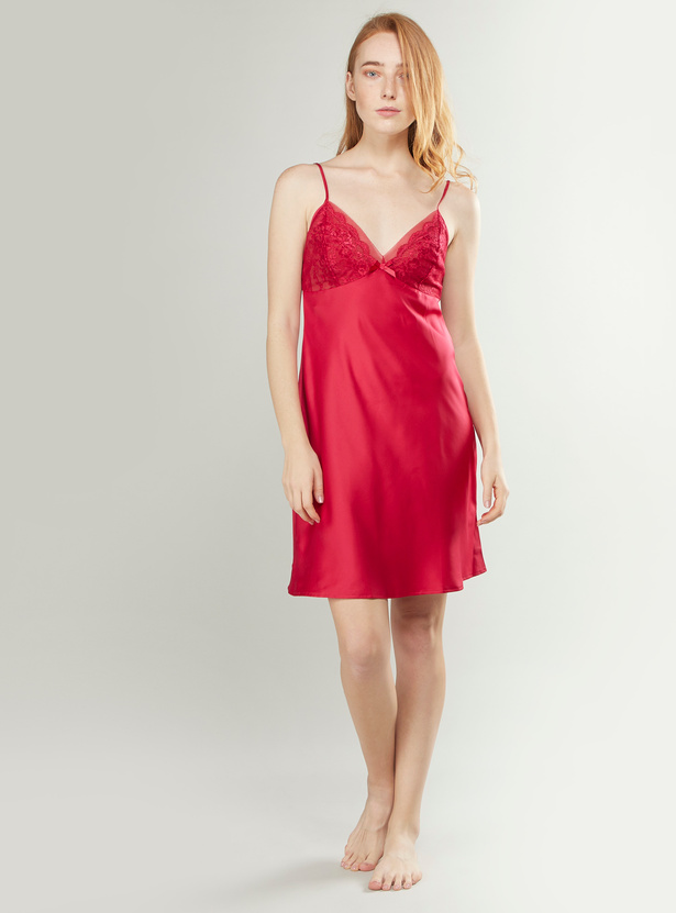 Lace Detail Chemise Dress with Bow Applique