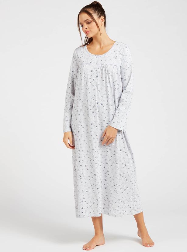 قميص نوم بياقة مستديرة وأكمام طويلة وطبعات