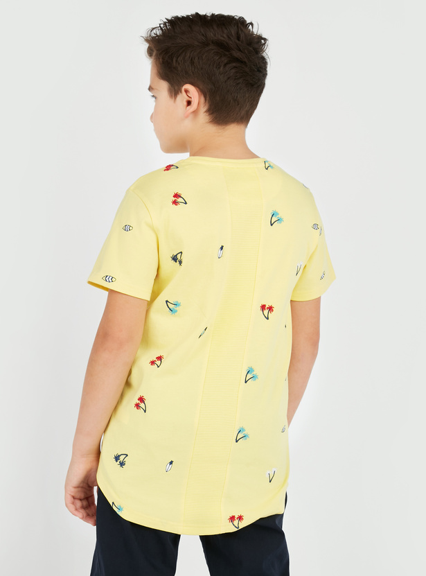 All Over Embroidery T-shirt with Short Sleeves