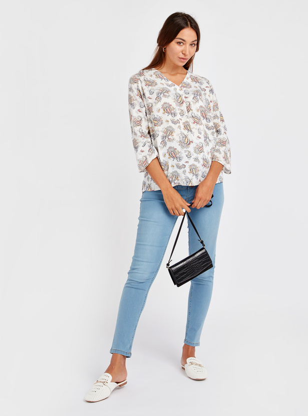 Printed V-Neck Top with 3/4 Sleeves
