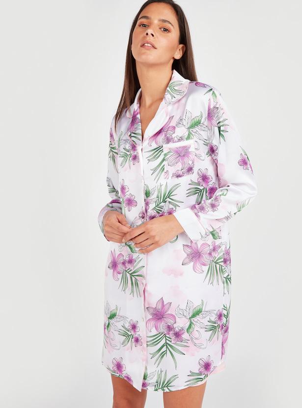 قميص نوم بياقة عاديّة وأكمام طويلة وطبعات أزهار