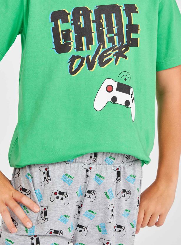 Game Over Print Short Sleeves T-shirt and Pyjamas Set