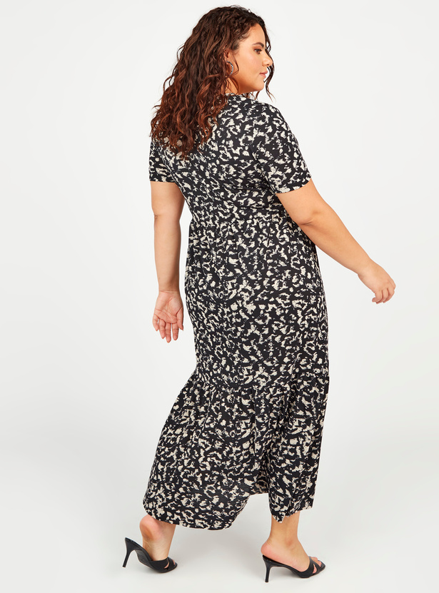 Animal Print Maxi A-line Dress with V-neck and Short Sleeves
