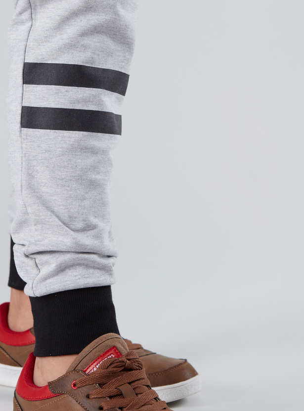 Printed Joggers with Drawstring Waistband and Pocket Detail