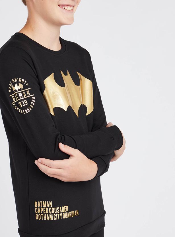 سويت توب بياقة مستديرة وأكمام طويلة وطبعات باتمان