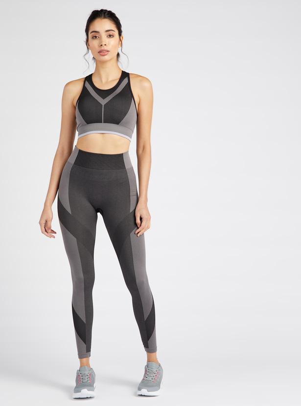 Slim Fit Textured Medium Support Sports Bra with Racerback