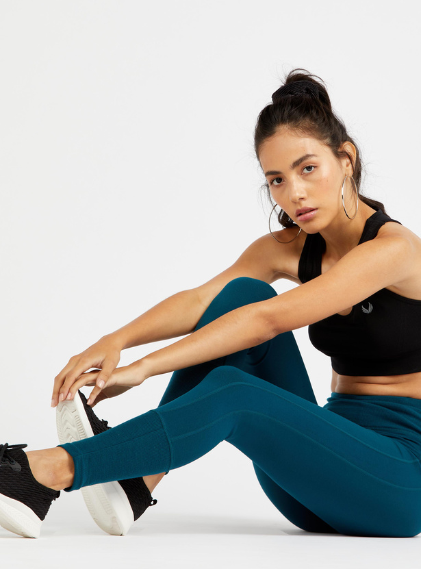 Solid Ankle Length Leggings with Ribbed Waistband Detail
