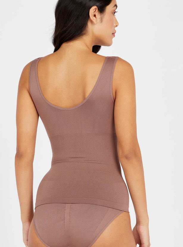 Textured Shaping Sleeveless Camisole with Scoop Neck