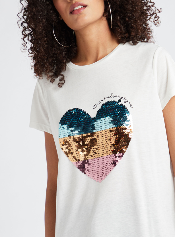 Heart Sequin Detail T-shirt with Short Sleeves