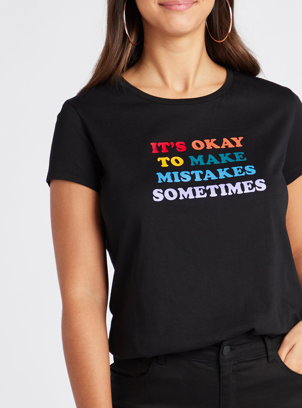 Typographic Print T-shirt with Round Neck and Short Sleeves